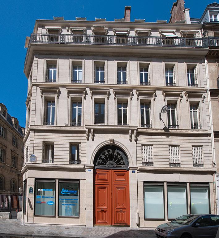 15 rue de la banque acanthe developpement - Biens atypiques paris ...