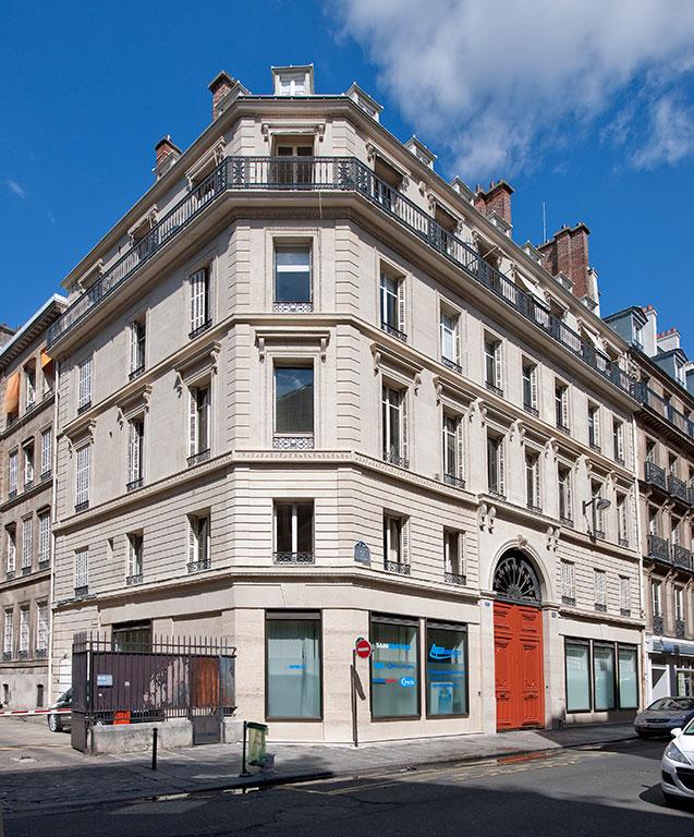 15-rue-banque-paris-immeuble